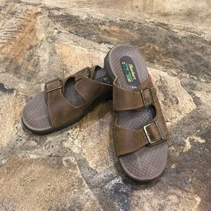 Sketchers Reggae-Jammin sandals size 7